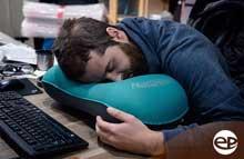 Gối ngủ văn phòng - gối hơi đa năng thiên biến vạn hóa