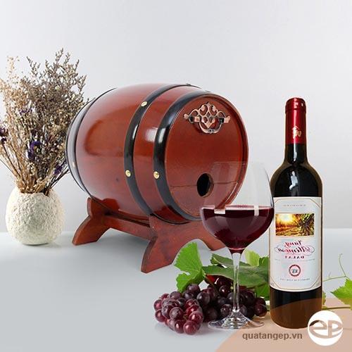 Bom rượu vang- Món quà ýnghĩa trong dịp tết