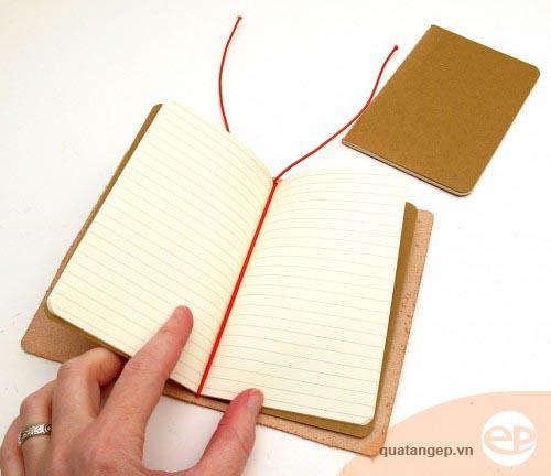 Cách làm sổ tay bìa da handmade trong vòng 20 phút