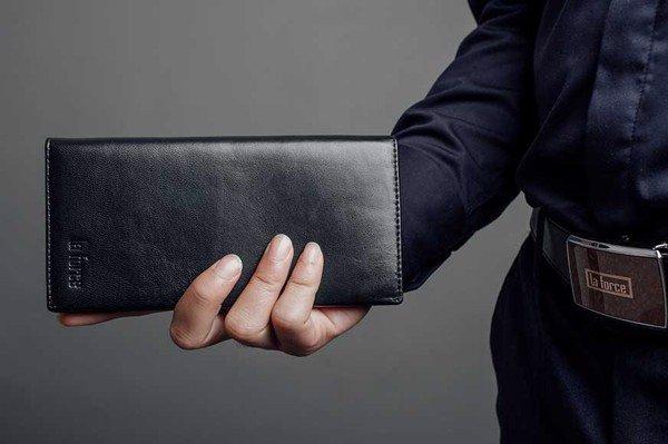 Cách chọn quà tặng ví da đẹp làm quà tặng doanh nghiệp