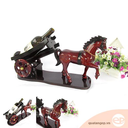 Xe kéo ngựa gỗ 01