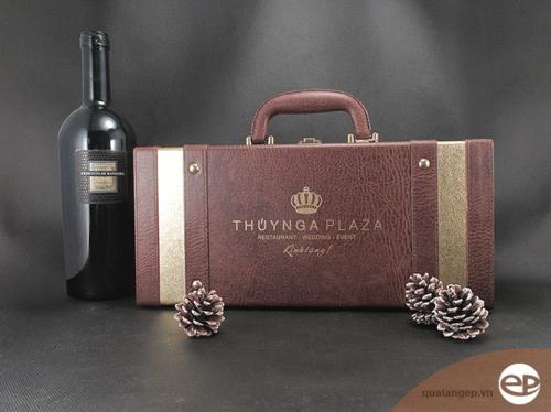 Hộp rượu da Thúy Nga