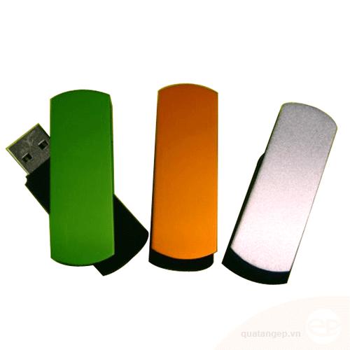 USB nhựa 17